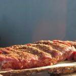 In Kräuter marinierte und gegrillte Rinderrippchen4