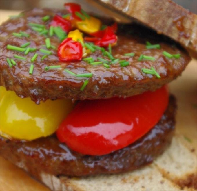marinierter-lava-burger