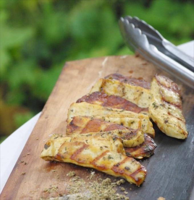 Marinierter Halloumi Käse vom Grill