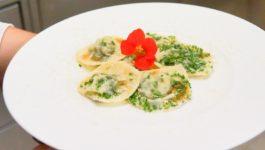 Tiroler Krapfen mit Spinat & Topfenfüllung